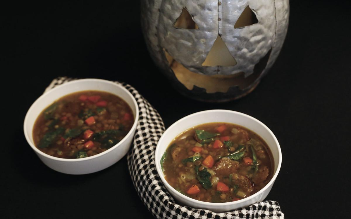 Savory soup: Warm up Halloween evening with lentils and sausage