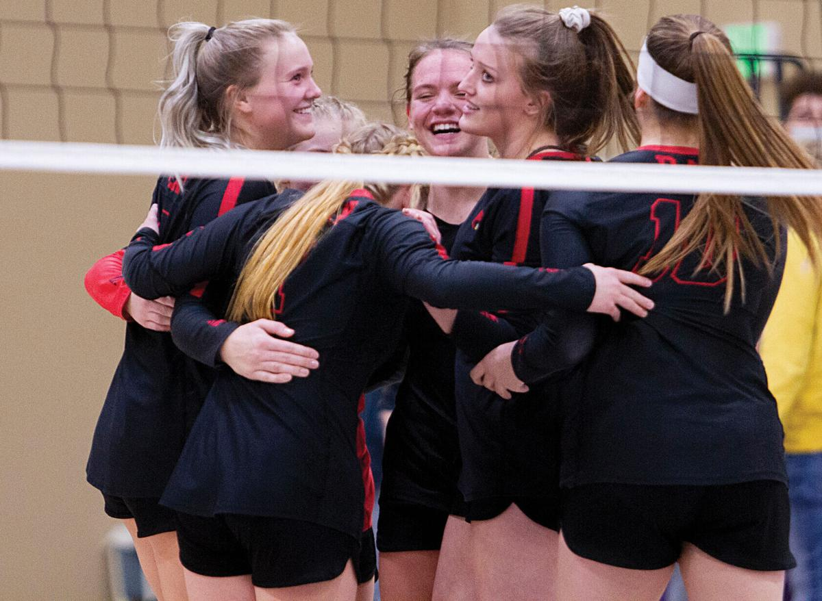 Ray Volleyball   2021 Fall Sports Preview (2020 File Photo)