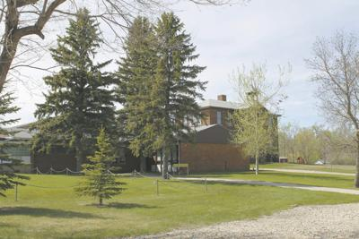 'Gut-wrenching,' 'heartbreaking': Wolford Public School closes