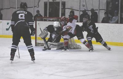 Hockey Tetons Blown Out In Season Finale 13 2 Against Minot State