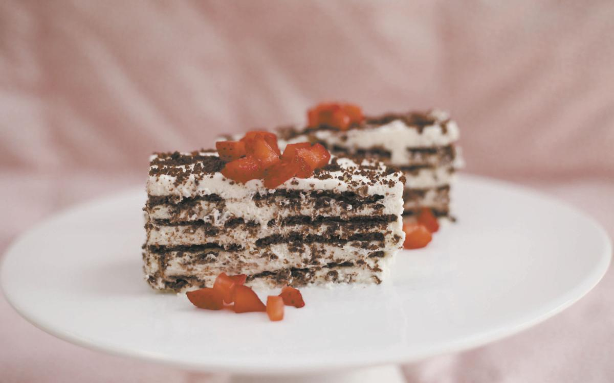 Old-Fashioned Icebox Cake and Chocolate Wafer Cookies are an easy, delicious treat