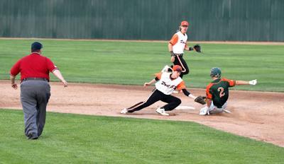 Keybirds split with West Fargo | Local Sports News