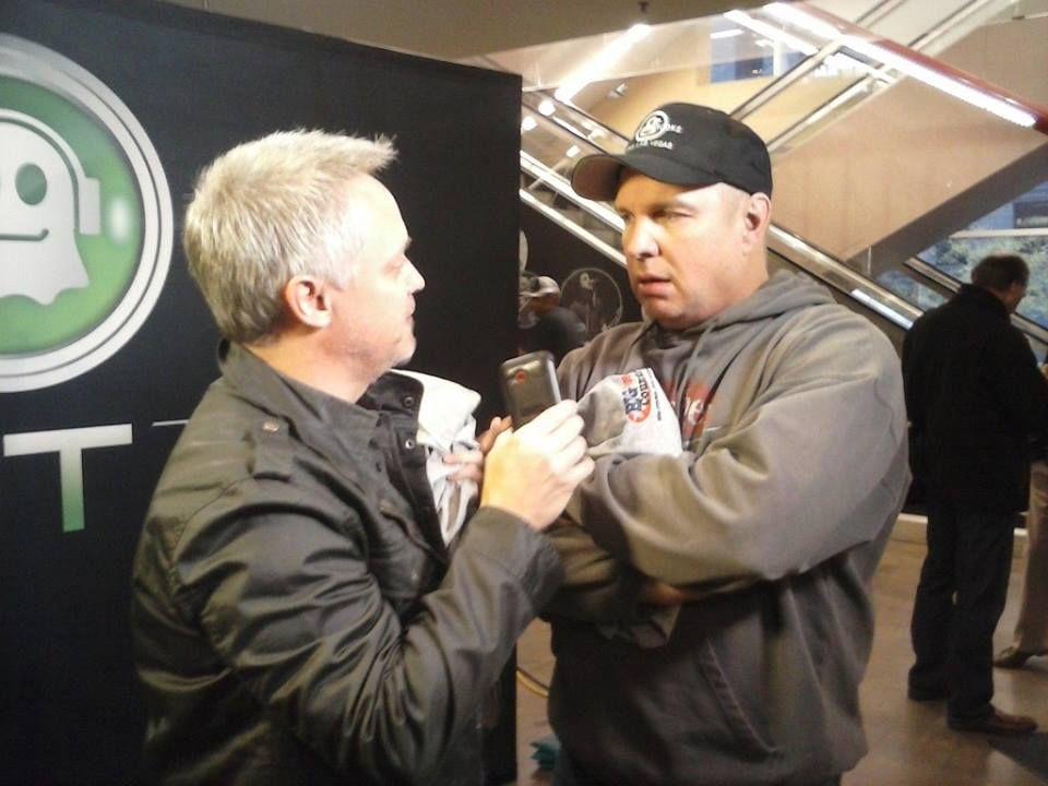 Tim Burns Interviews Garth Brooks