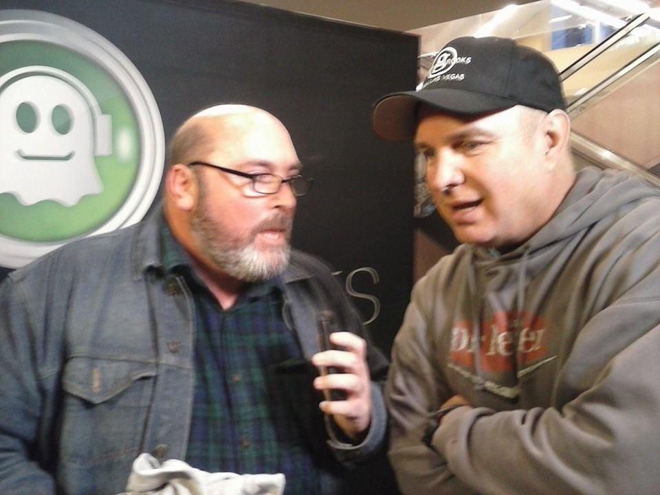 Bob Stevens interviewing Garth Brooks