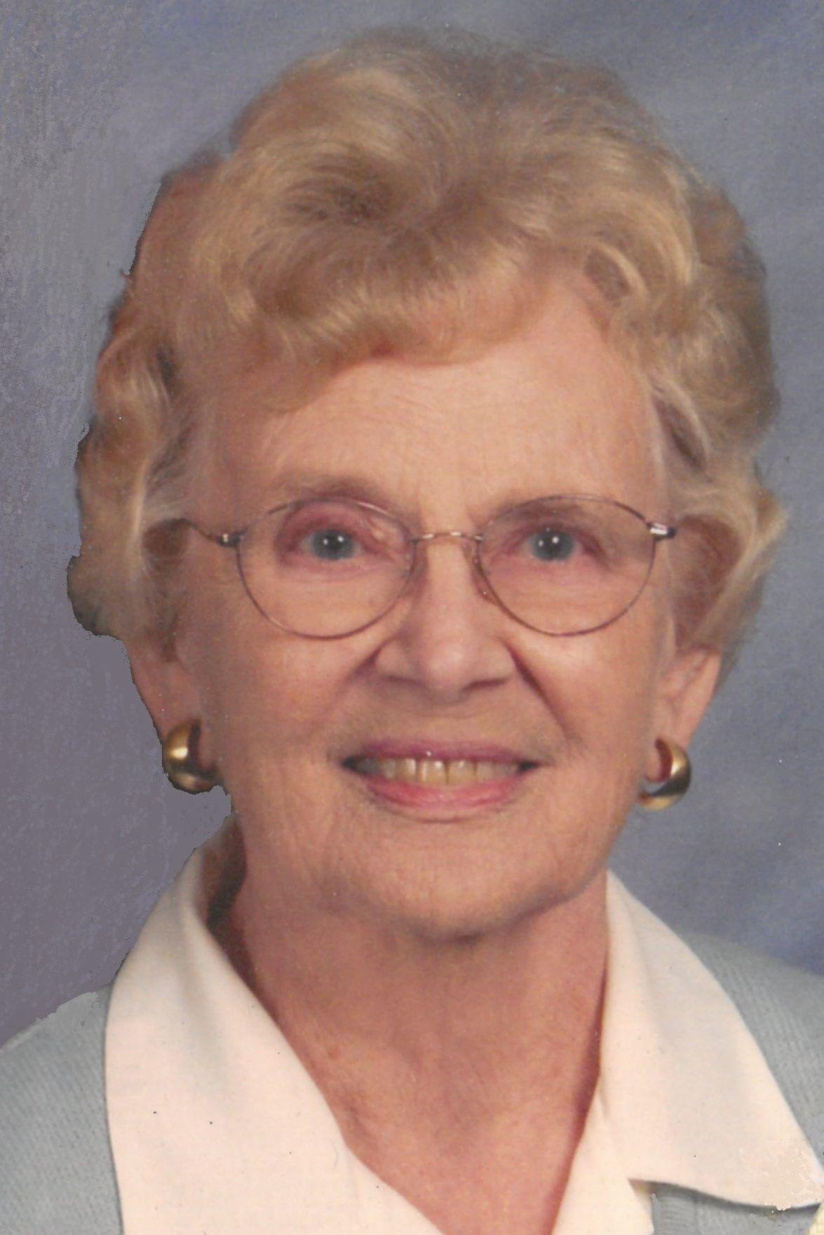 Jacqueline Bisset (born 1944)