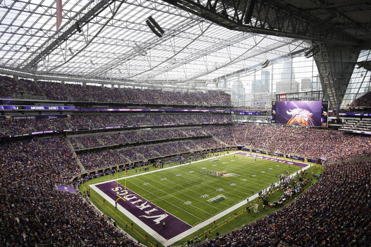 Photos First Vikings Game At U S Bank Stadium Pro