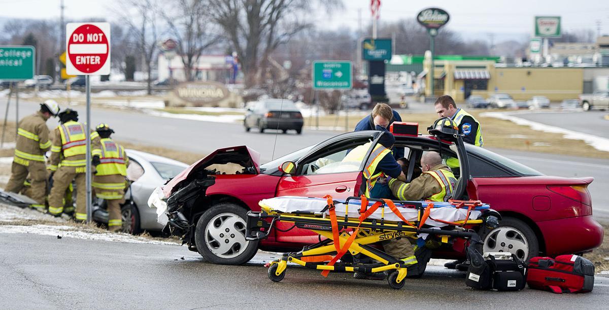 Terrific 2 Injured Monday Afternoon In Crash Near Winona Fleet Farm Bralicious Painted Fabric Chair Ideas Braliciousco
