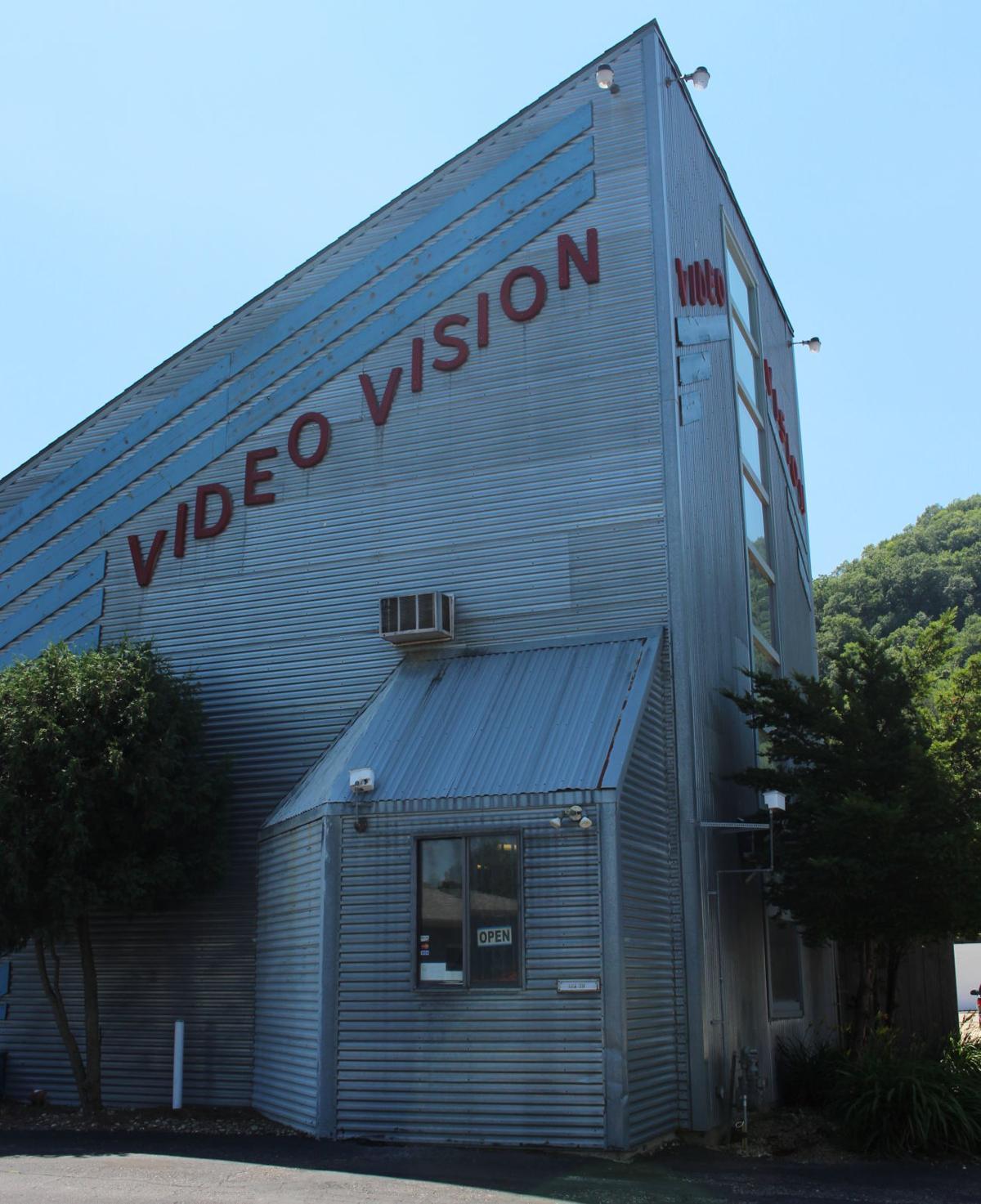 Video Vision closing 02