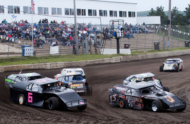 Mts Old Setup Helps Teenager Win 25 Car B Modified Feature