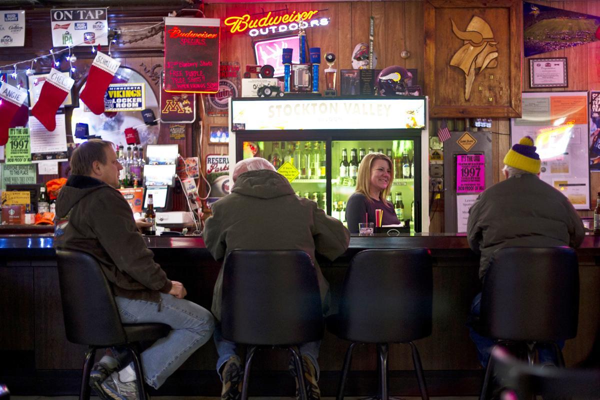 Stockton Valley Saloon 01