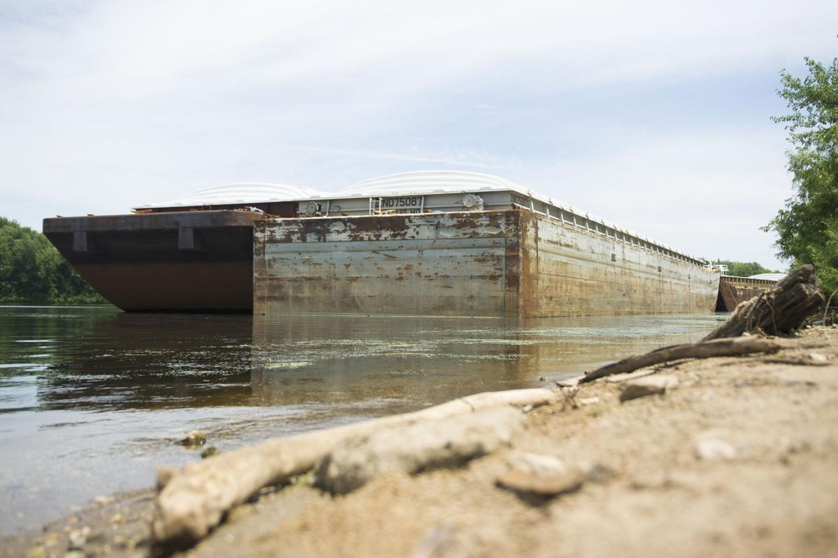 Busy barge season on the Mississippi