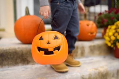 Hershey's new website maps out how to trick-or-treat safely across the United States