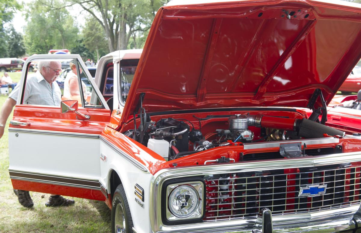 Buffalo City Rolls Out Fourth Of July Car Show Local - Buffalo car show