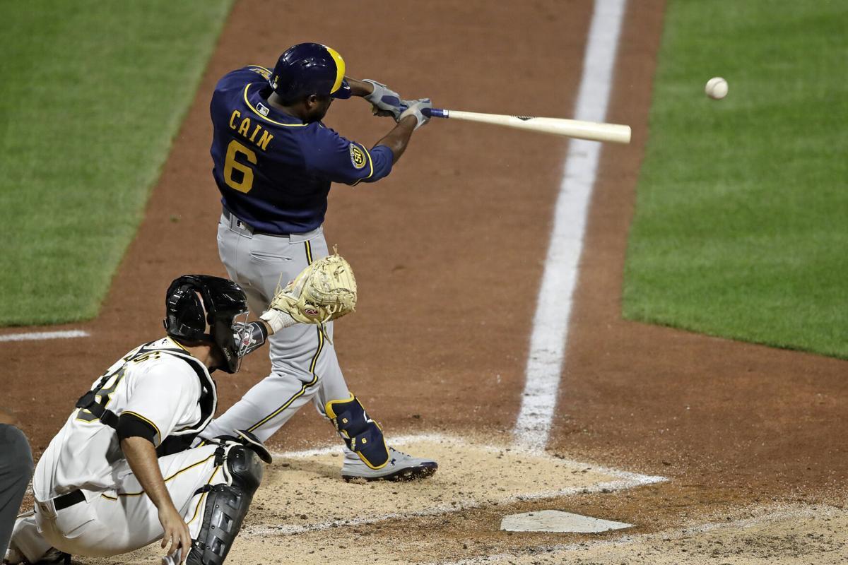 Lorenzo Cain swing photo
