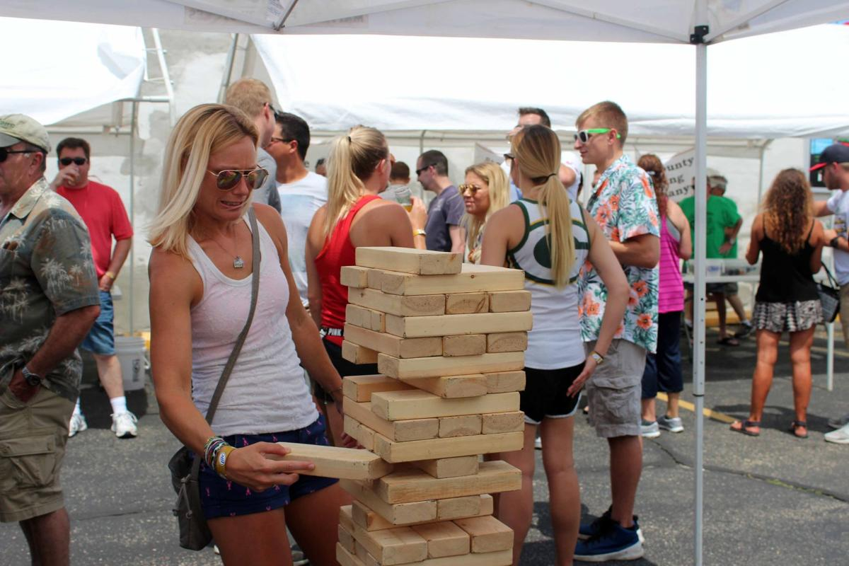 Hundreds come out for Taste of Wisconsin (copy)
