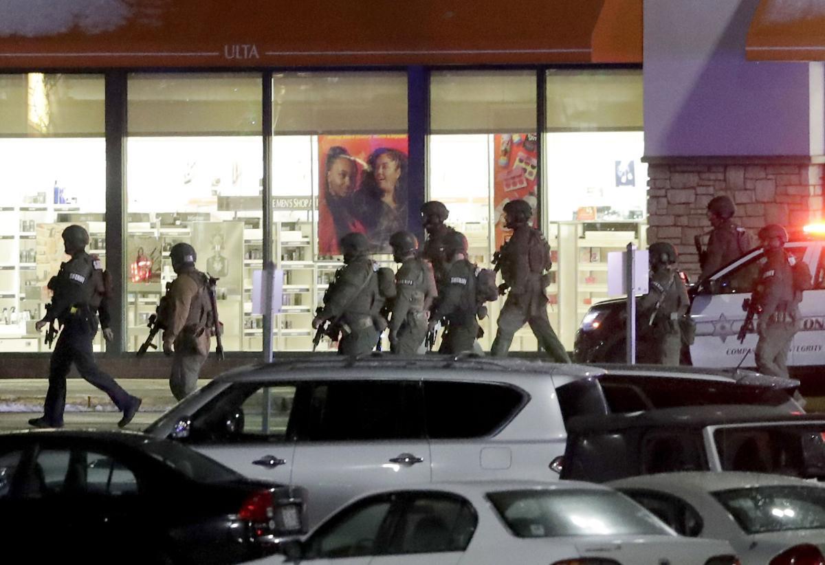 Fox River Mall shooting