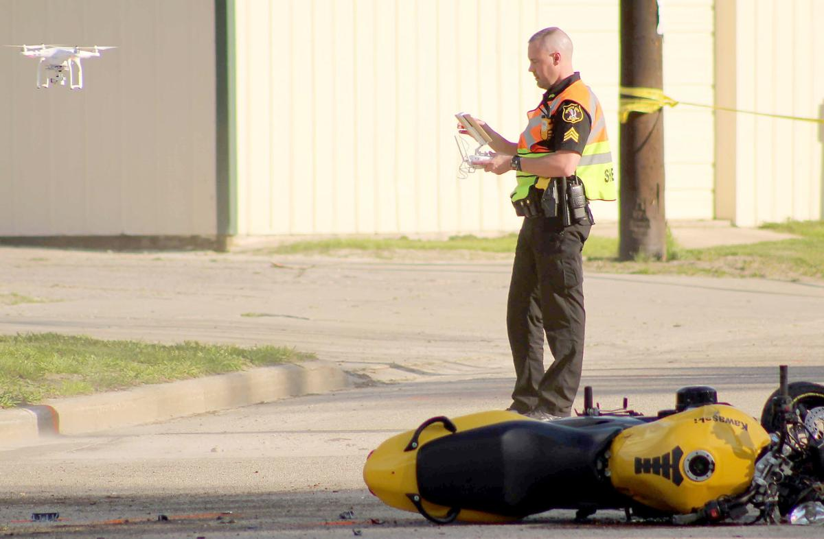 Police investigate crash with motorcycle (copy)