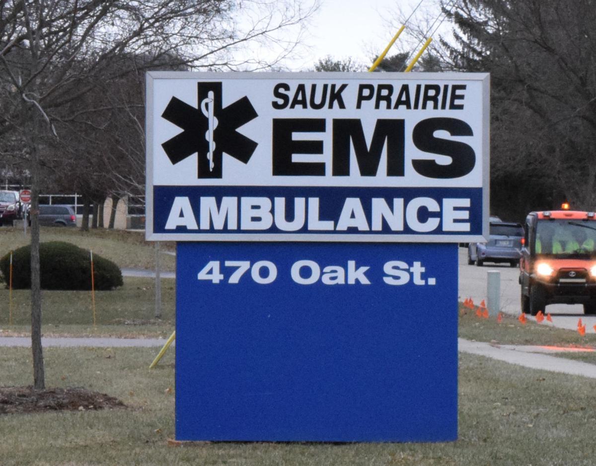 120618-sauk-news-ambulance2