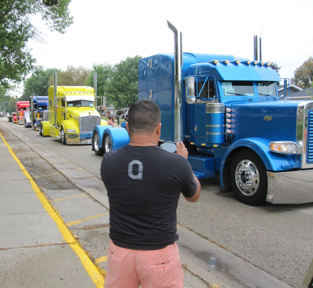 Photos: Waupun Truck N Show 2016