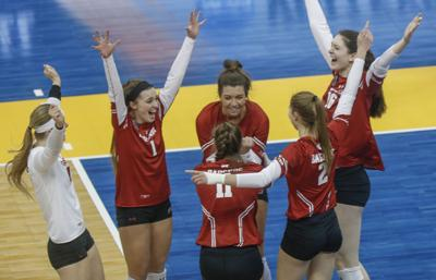 Badgers Women's Volleyball Team Beats Baylor in National Semifinals