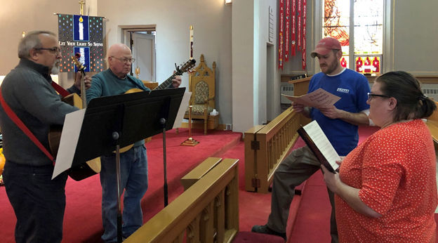 Holiday church services set