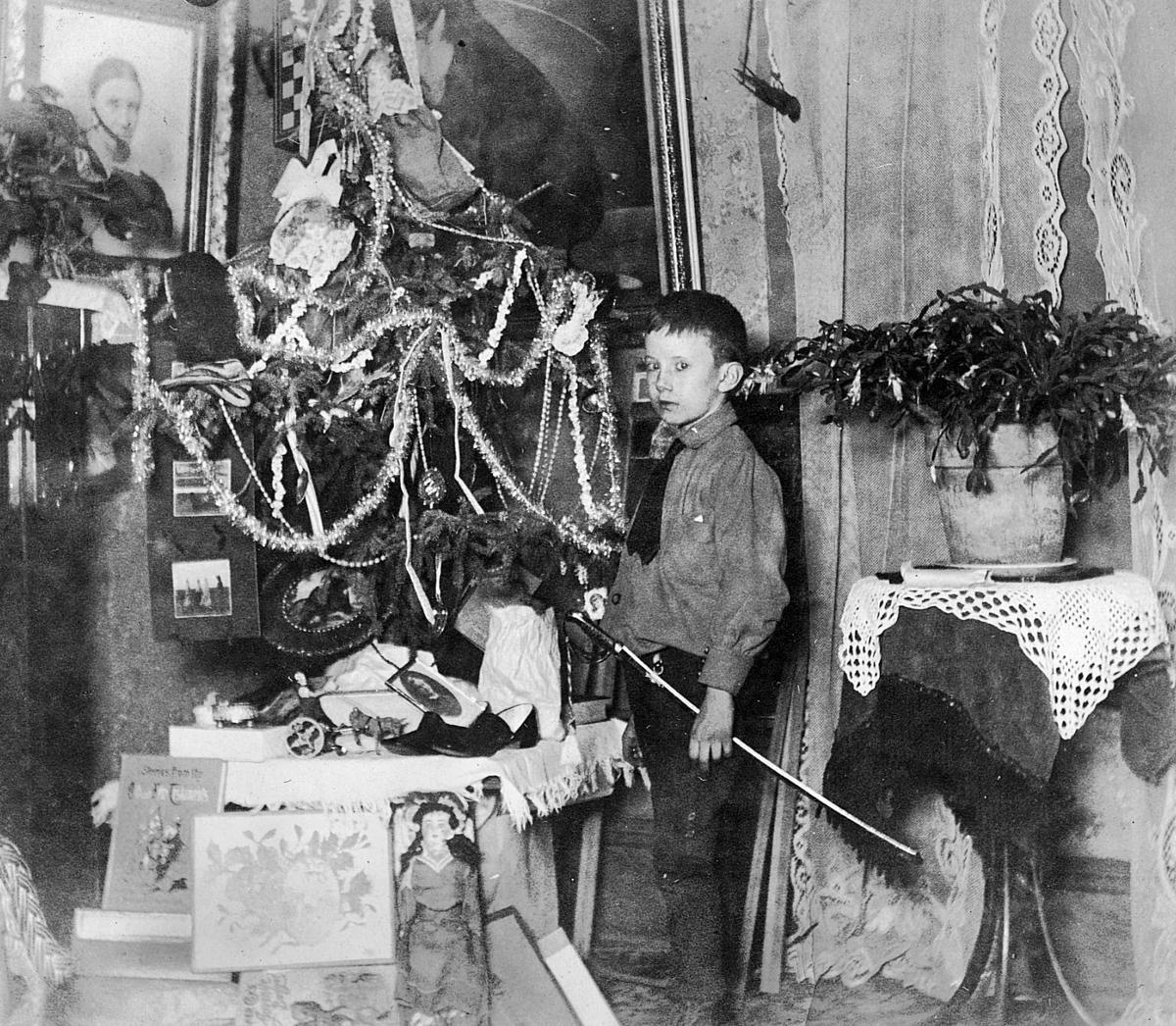 Glan and Christmas tree