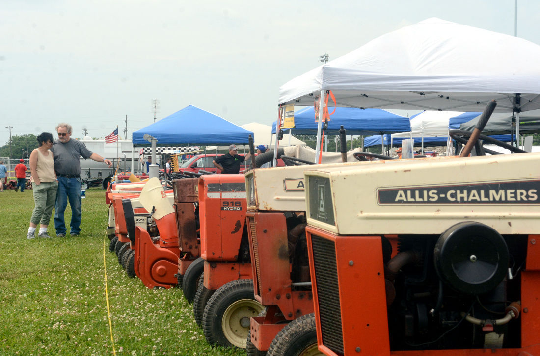 Garden Tractor Show Draws Fans Young And Old Regional News