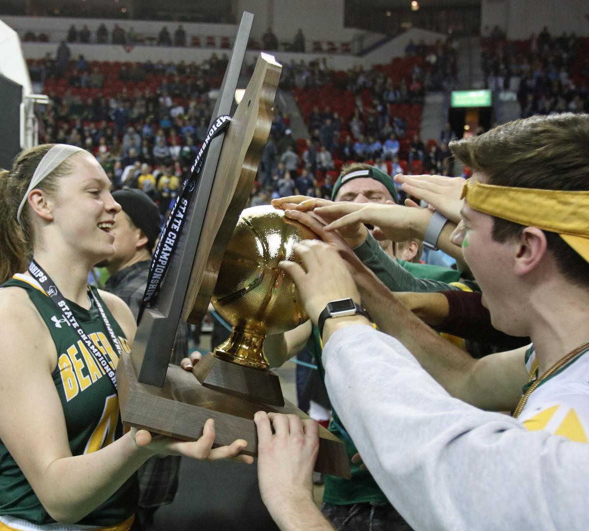Golden Beavers complete historic three-point play