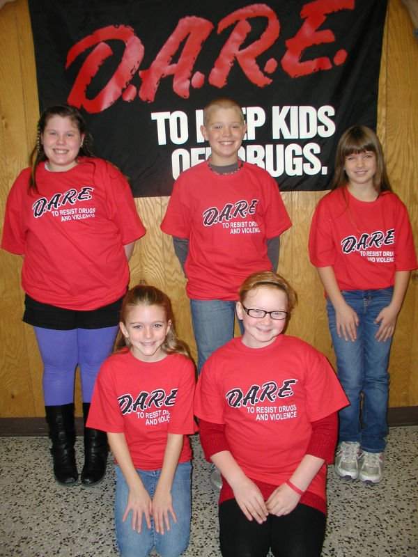 d a r e essay winners for pineview fifth graders regional news  fifth grade dare essay winners