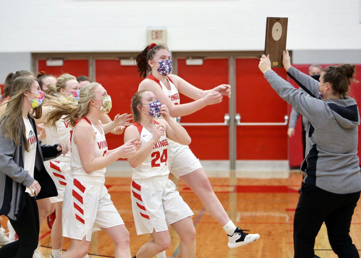 Rio Girls Basketball Team Celebrates Regional Title