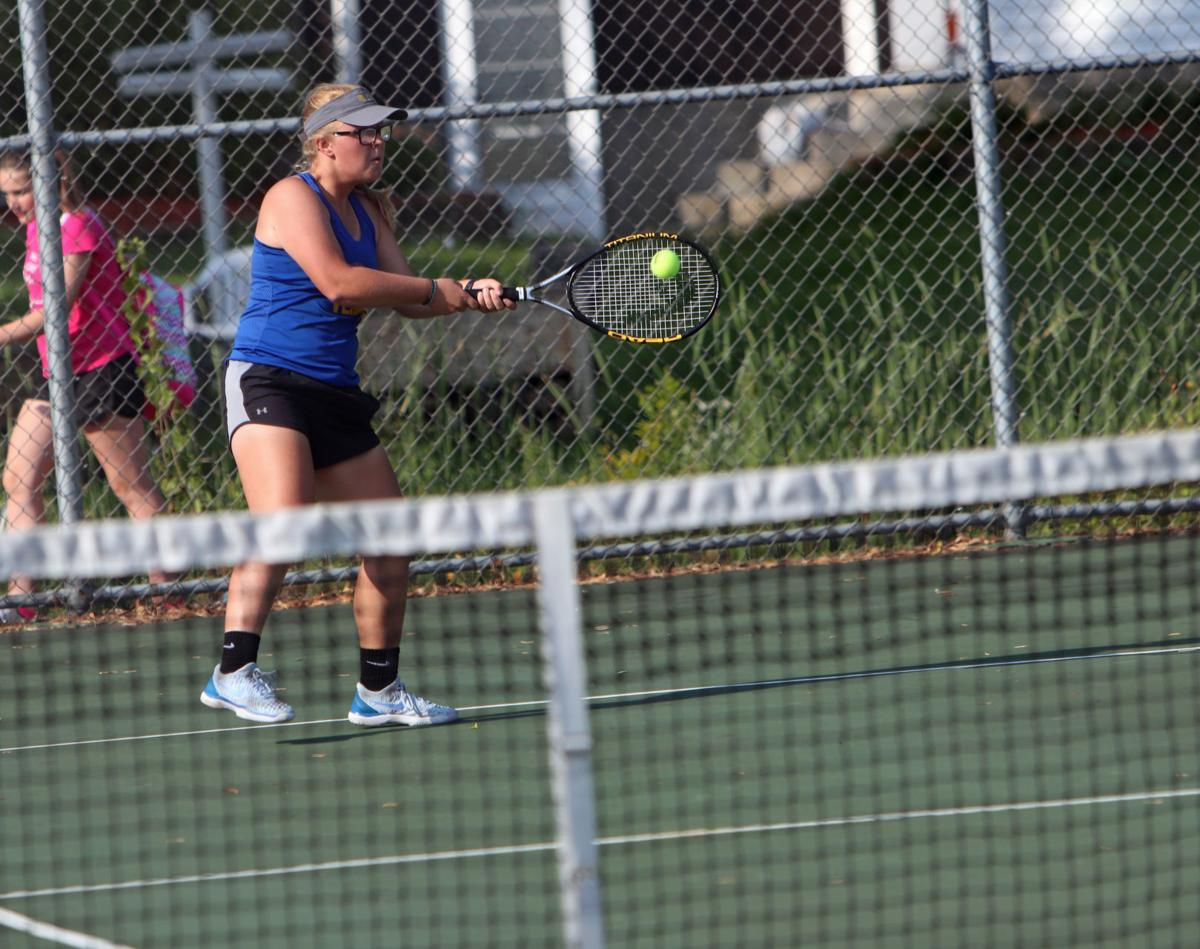 PREP GIRLS TENNIS ROUNDUP: Mauston gets first two wins of