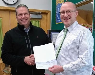 Lewiston Elementary School receives grant