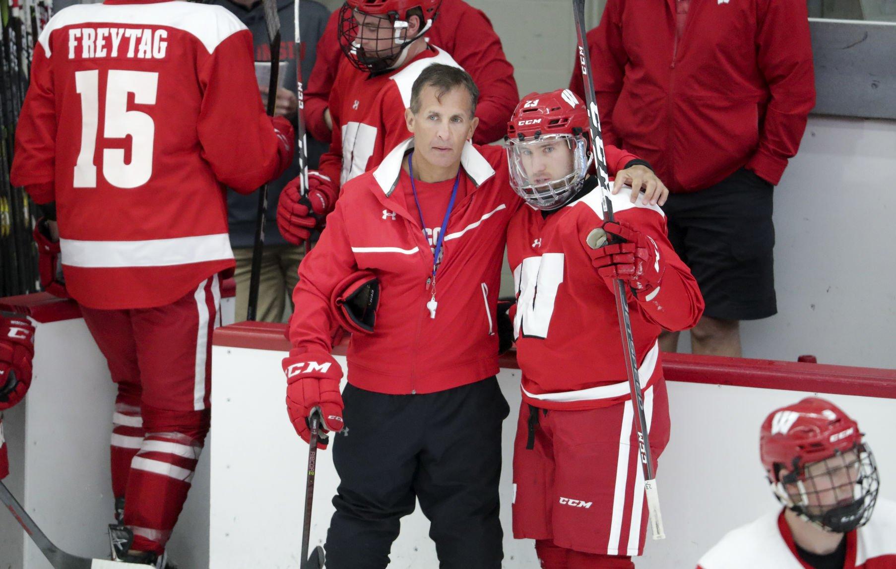 Character An Emphasis As Wisconsin Badgers Open Men's Hockey Season