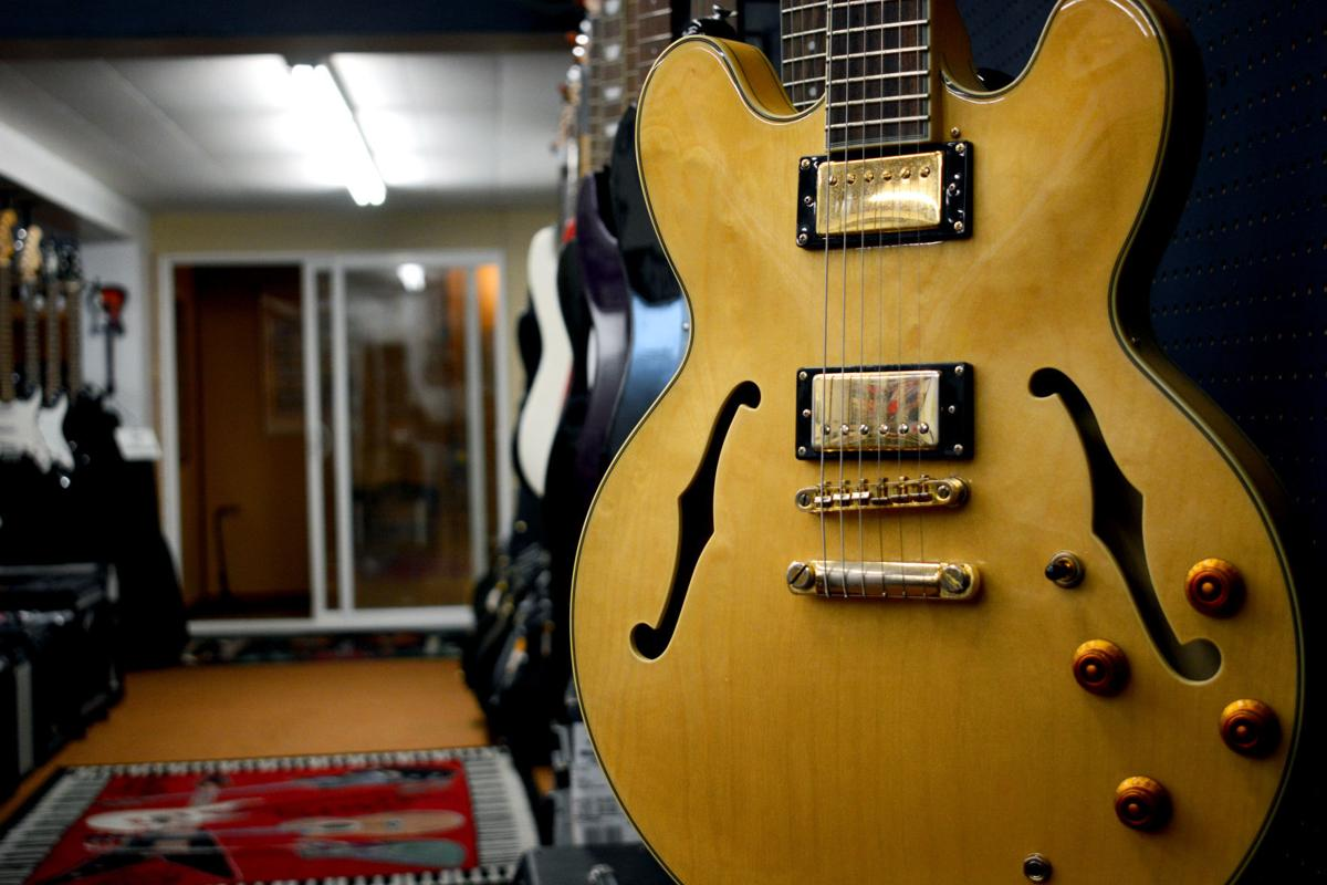 Corey Mineard guitar