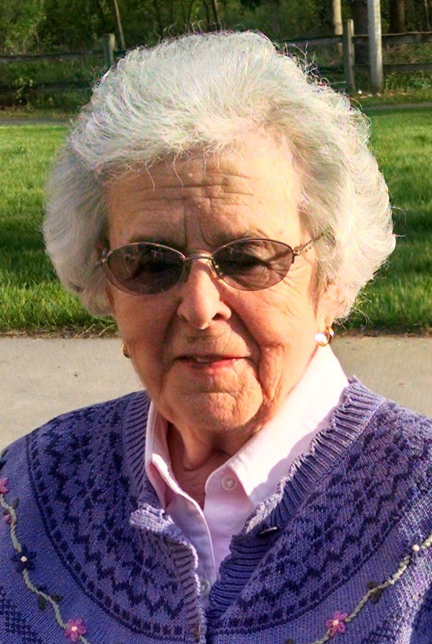 Avis Blakeslee, 92, Reedsburg