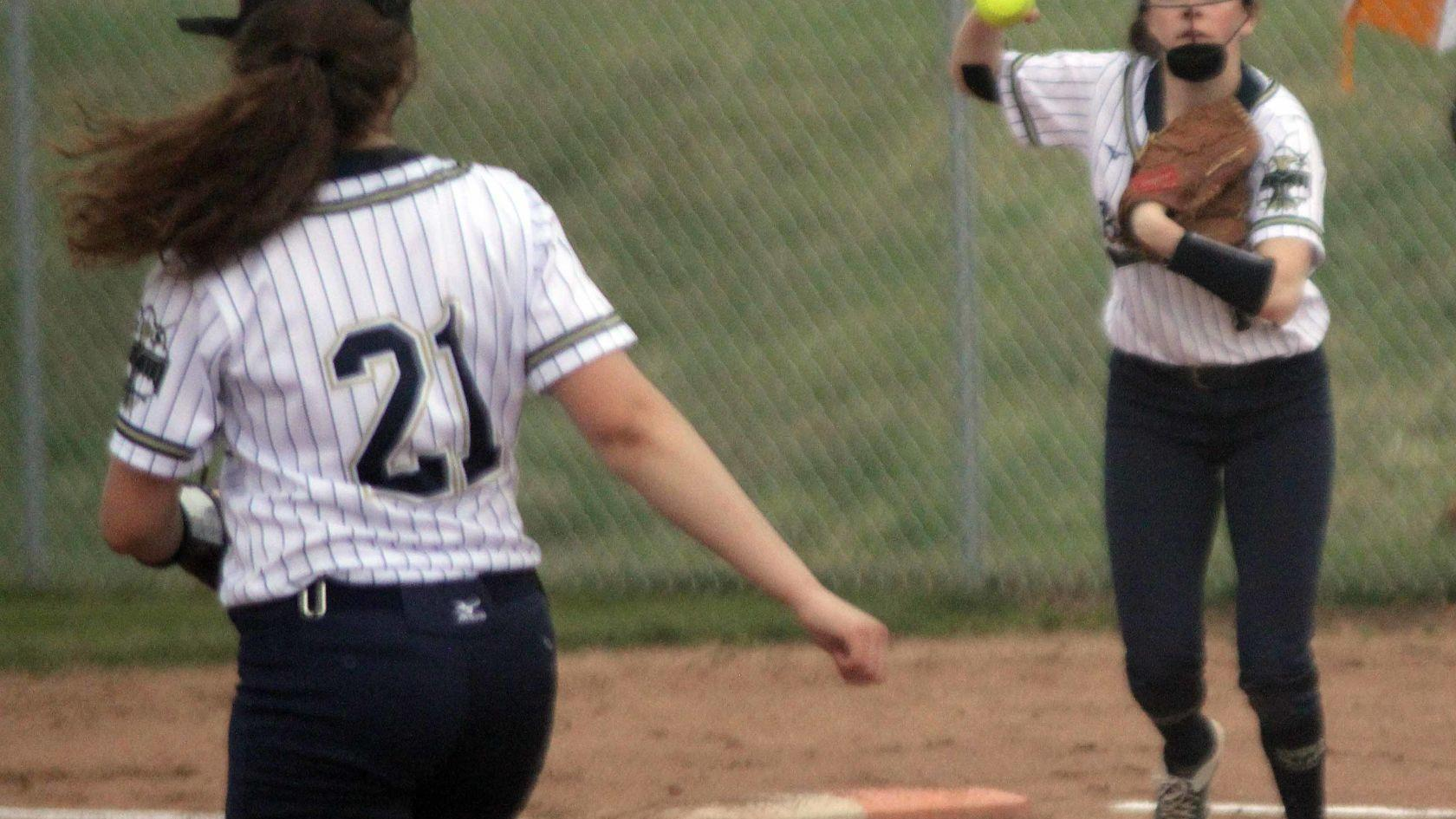 PREP SOFTBALL: Baraboo falls to Wisconsin Dells in rain-shortened game