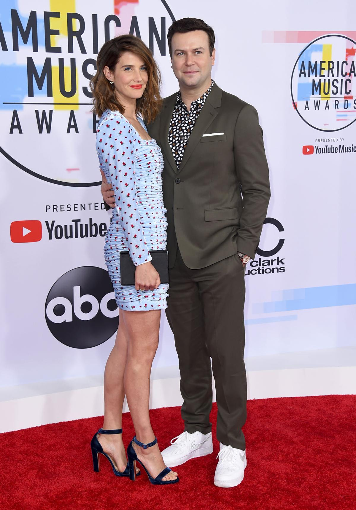 Photos: Scenes from the red carpet at the American Music