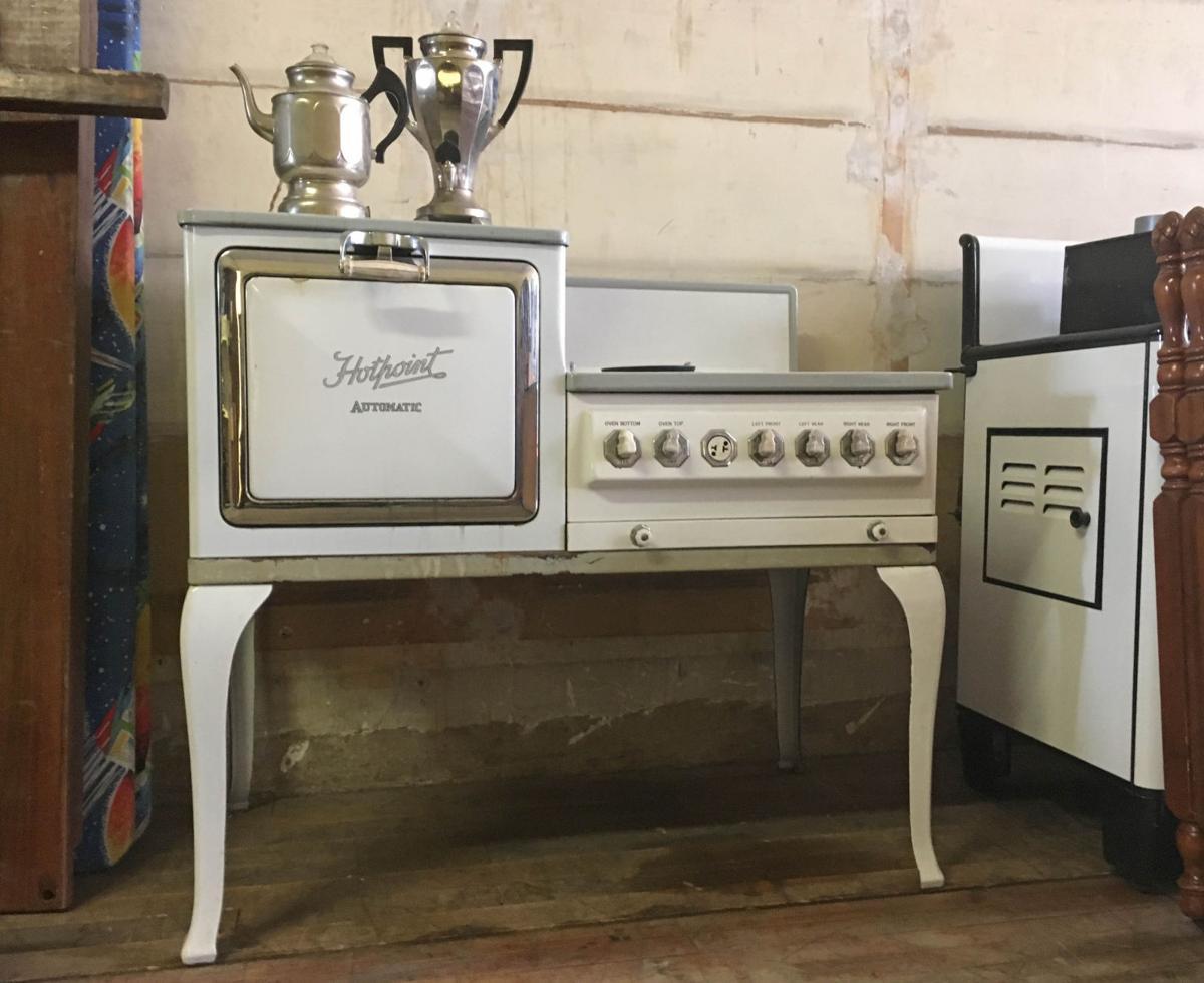 rahn 39 s appliances to reopen doors for garage sale regional news. Black Bedroom Furniture Sets. Home Design Ideas