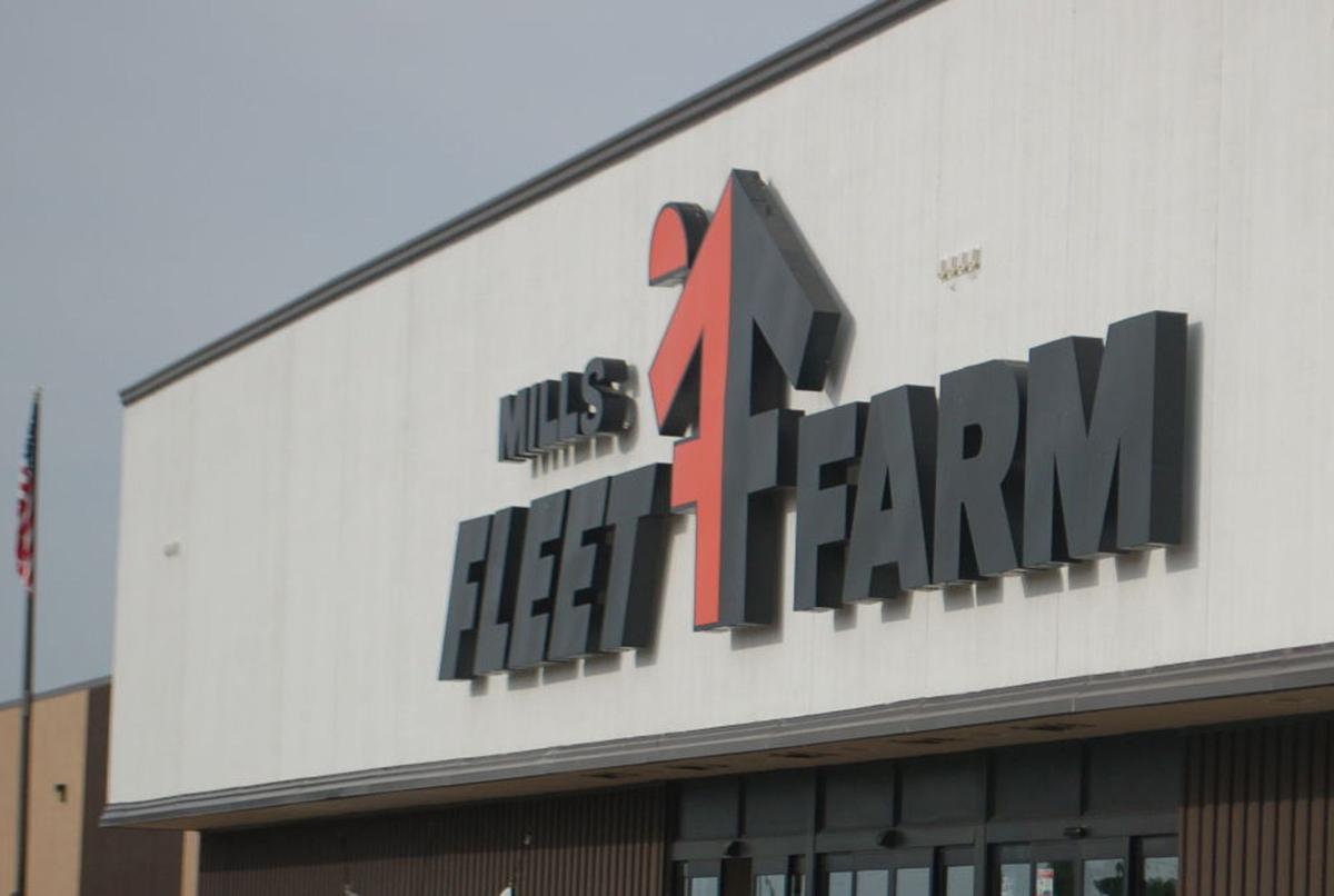 Mills Fleet Farm Seeks Buyer Regional News Wiscnews Com