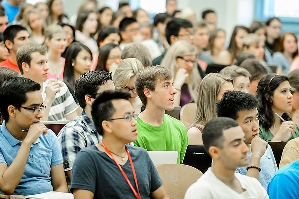 UW-Madison students in Bascom lecture