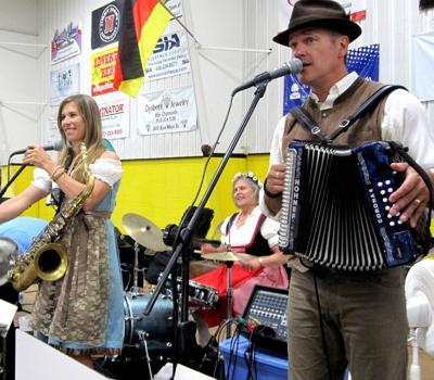 Tuba Dan Band at Volksfest