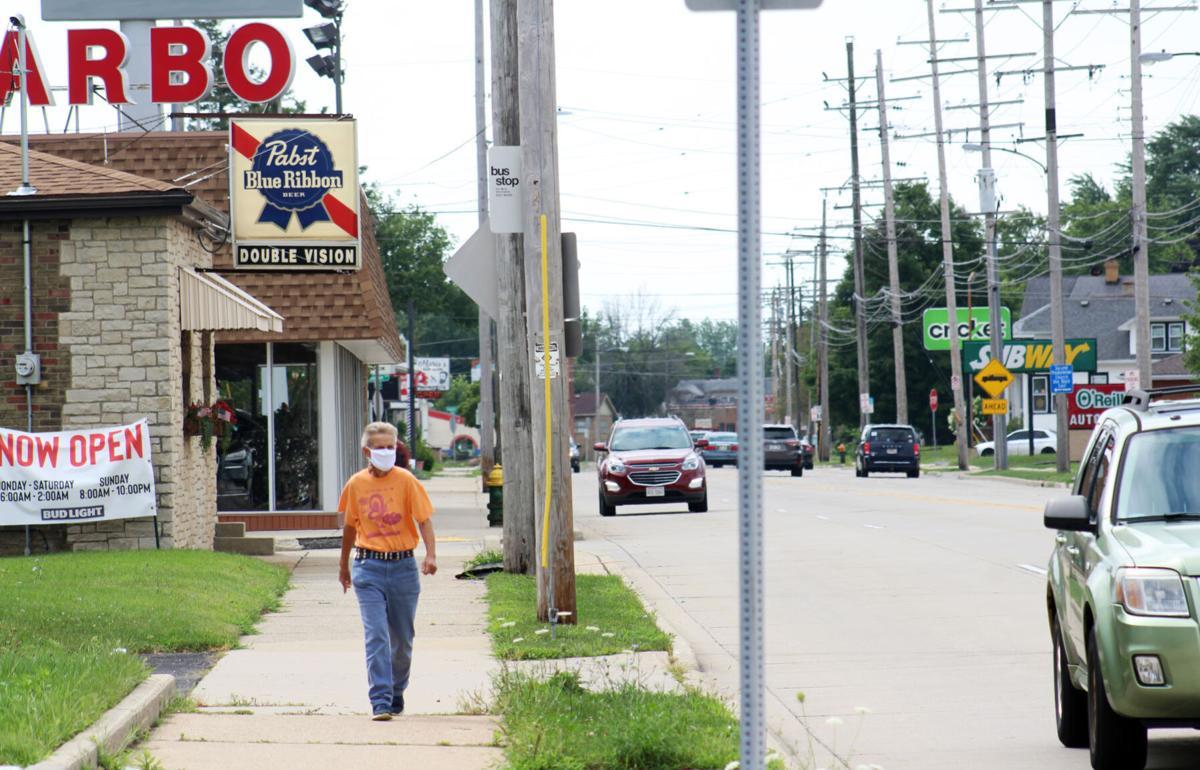 Walking along Douglas Avenue (copy)