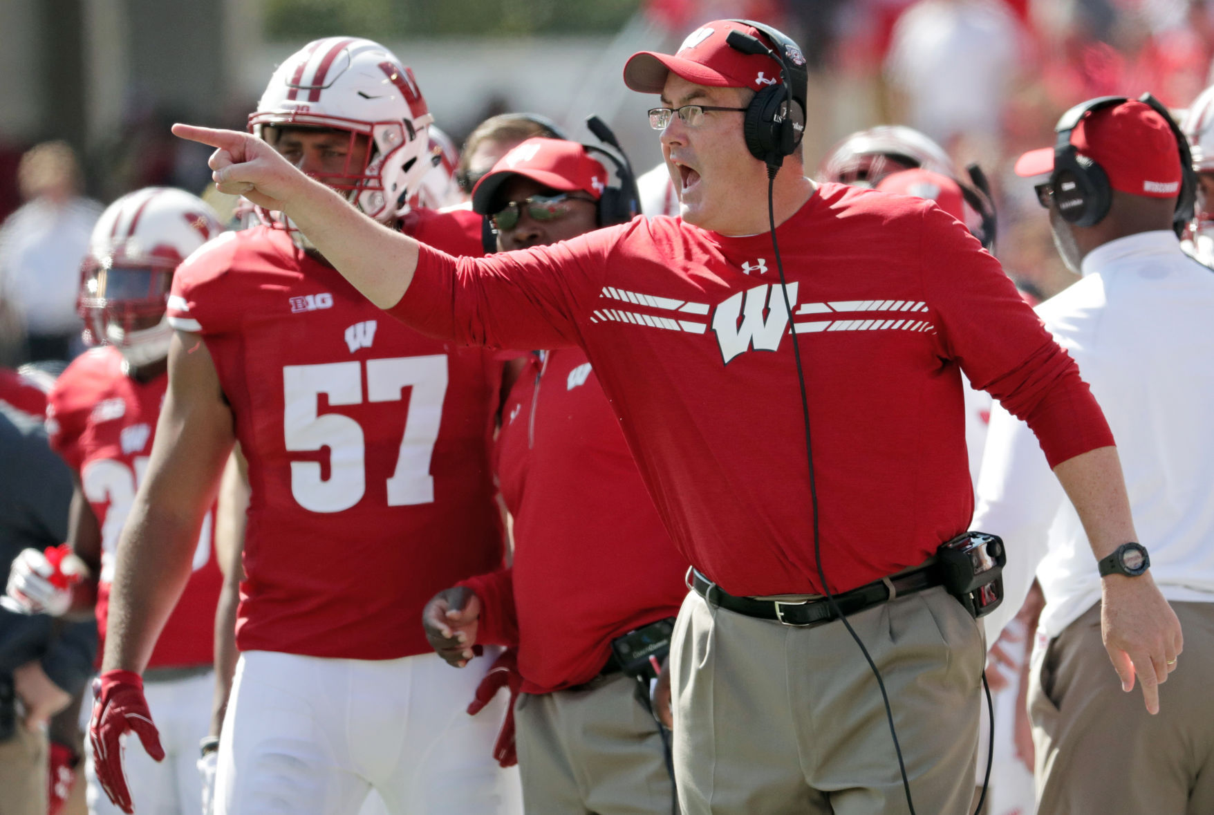 Badgers run over Florida Atlantic 31-14