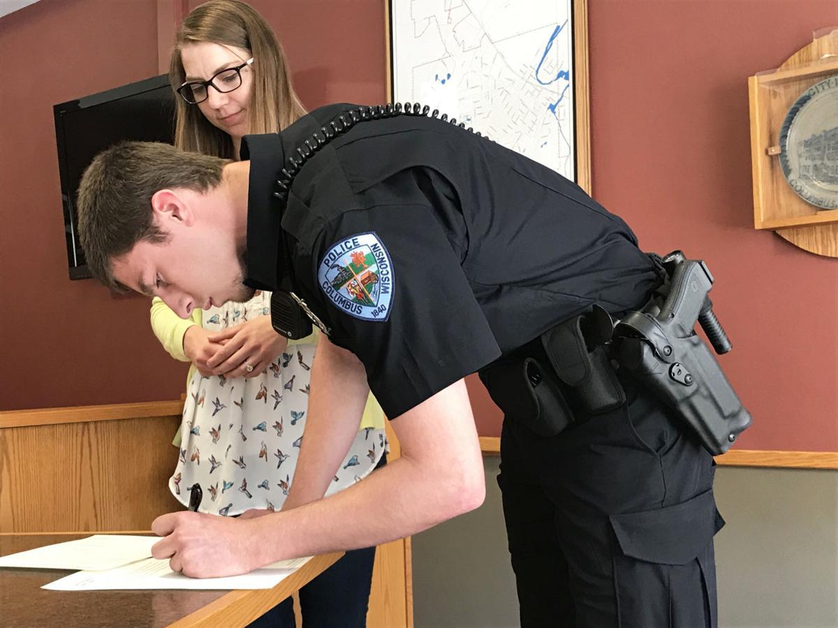 061618-jrnl-news-police-officer-1