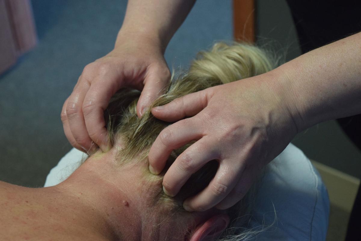 061418-sauk-news-massage3