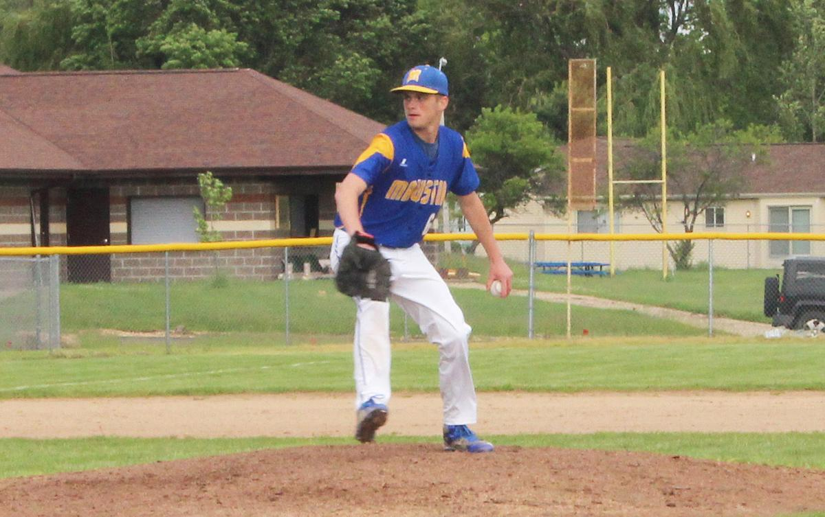 Burch tosses for Mauston