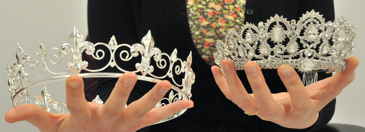 Adult prom crowns