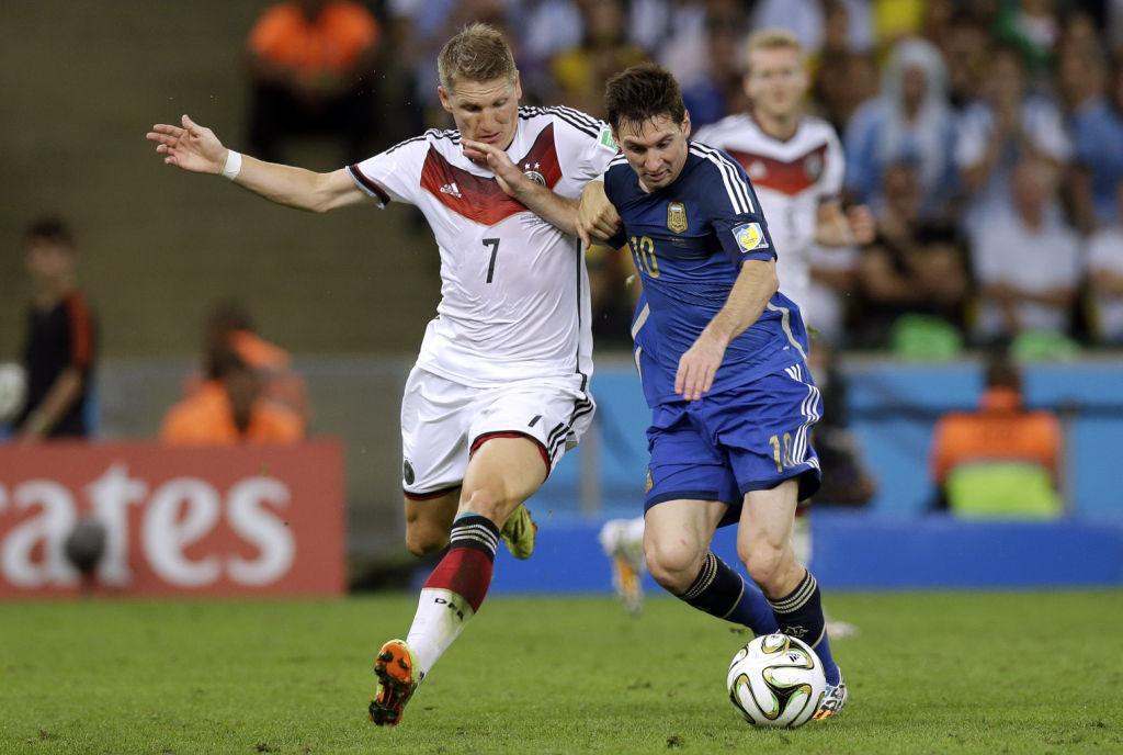 Bastian Schweinsteiger, Lionel Messi (copy)