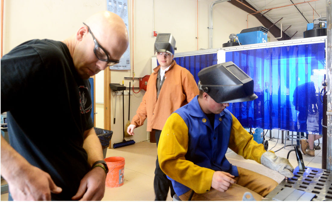 Middle College welding class