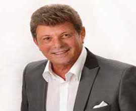 Frankie Avalon comes to Dells' Palace Theatre